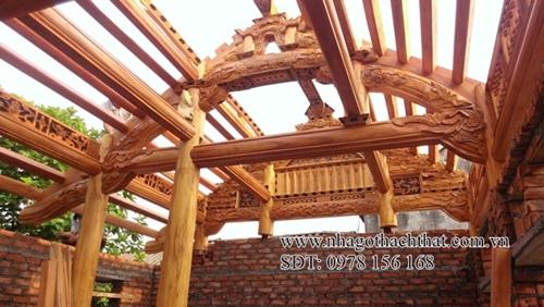 Làm cách nào để khắc phục nhược điểm của gỗ trong kiến trúc nhà gỗ?