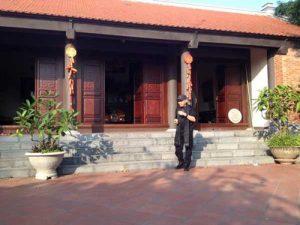 Lộ diện ngôi nhà gỗ đắt giá của danh hài Xuân Hinh